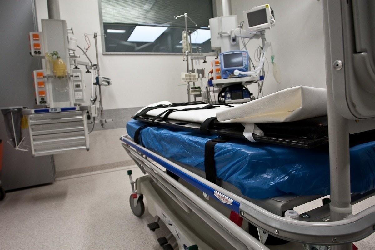 PERH: свободные места в интенсиве появились только после смерти трех пациентов с COVID-19