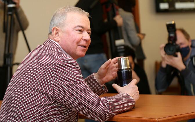 Латвийский суд приговорил олигарха Айварса Лембергса к пяти годам тюрьмы