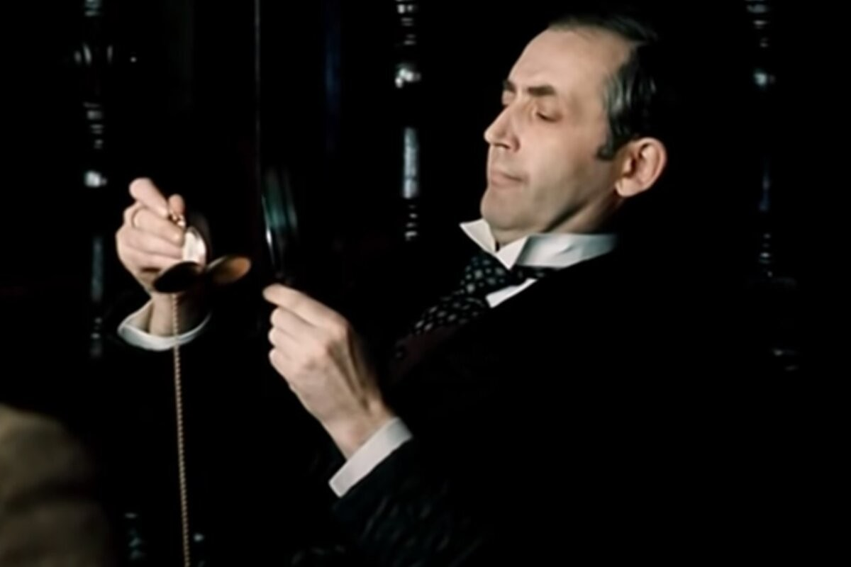 Правда ли, что англичане признали Василия Ливанова лучшим Шерлоком Холмсом всех времён?