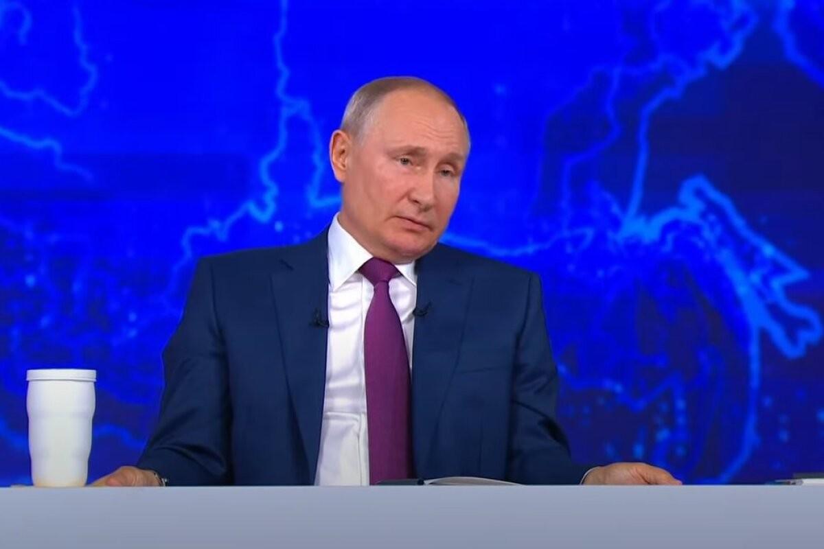 """Журналист: борьба с """"анти-Россией"""" стала смыслом жизни Путина"""