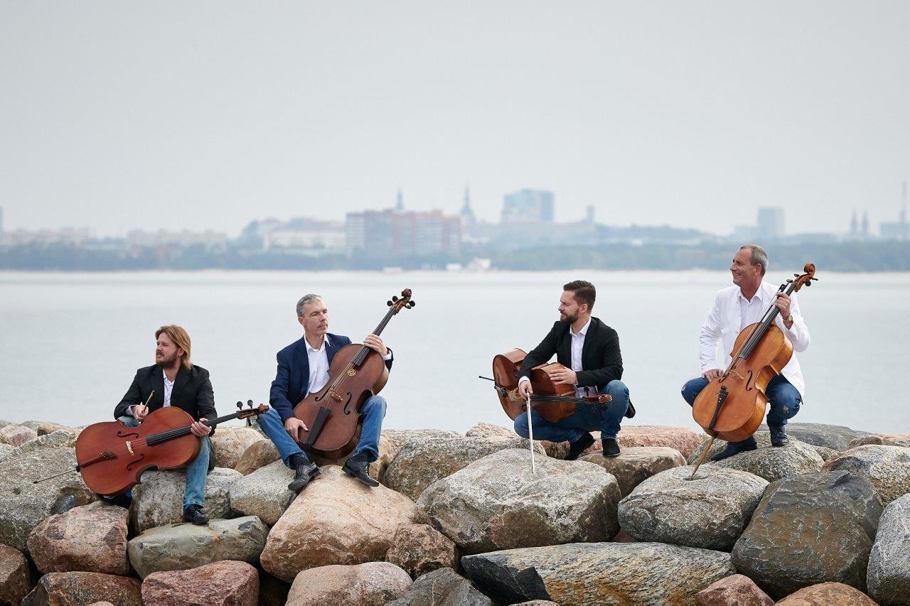 Сегодня вечером на берегу пруда в Ыйсмяэ выступит квартет виолончелистов C-Jam