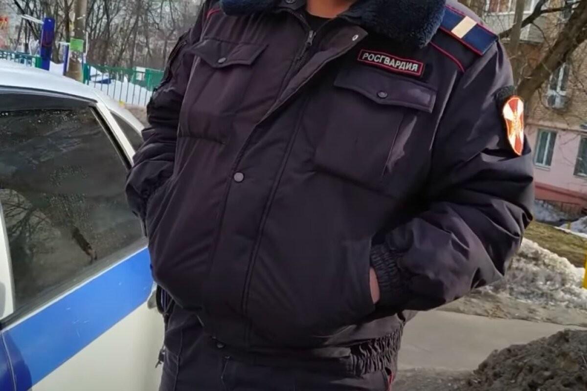 В Подмосковье мужчина открыл огонь по бойцам Росгвардии