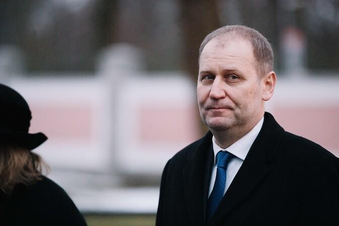 Министр Круузе предложил совету фонда MES приостановить полномочия членов правления