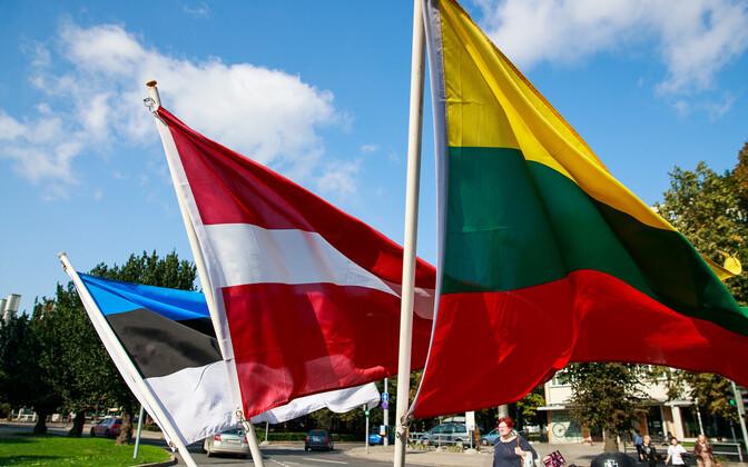 Эстония, Латвия и Литва вышлют российских дипломатов