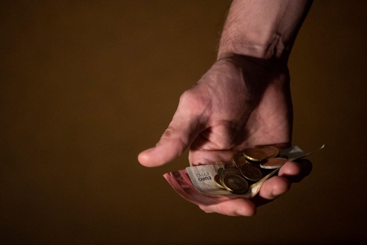 Исследование: почти десятая часть жителей Эстонии вынуждена использовать свои сбережения третьей пенсионной ступени