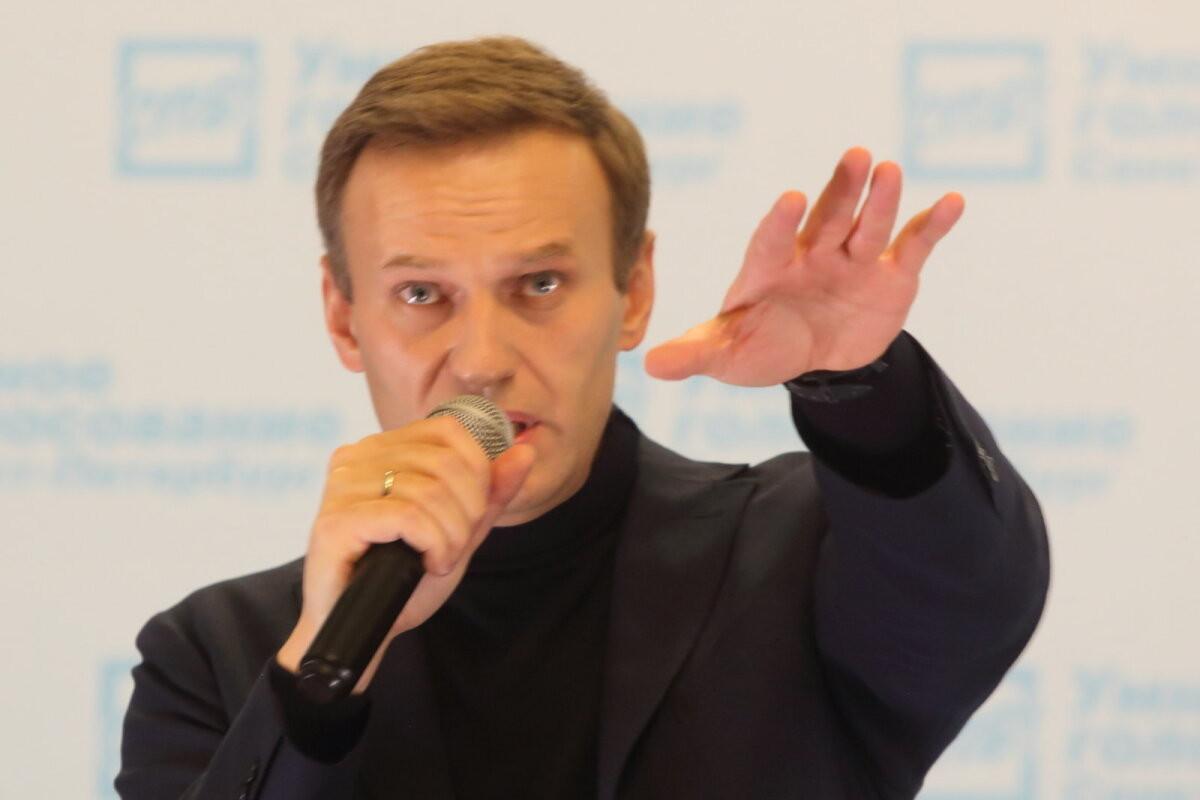 Рефлексы против инстинктов. Зачем Кремль делает из Навального Магнитского?