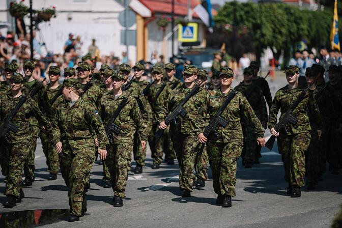 COVID-сертификаты не представили в срок 250 служащих Сил обороны