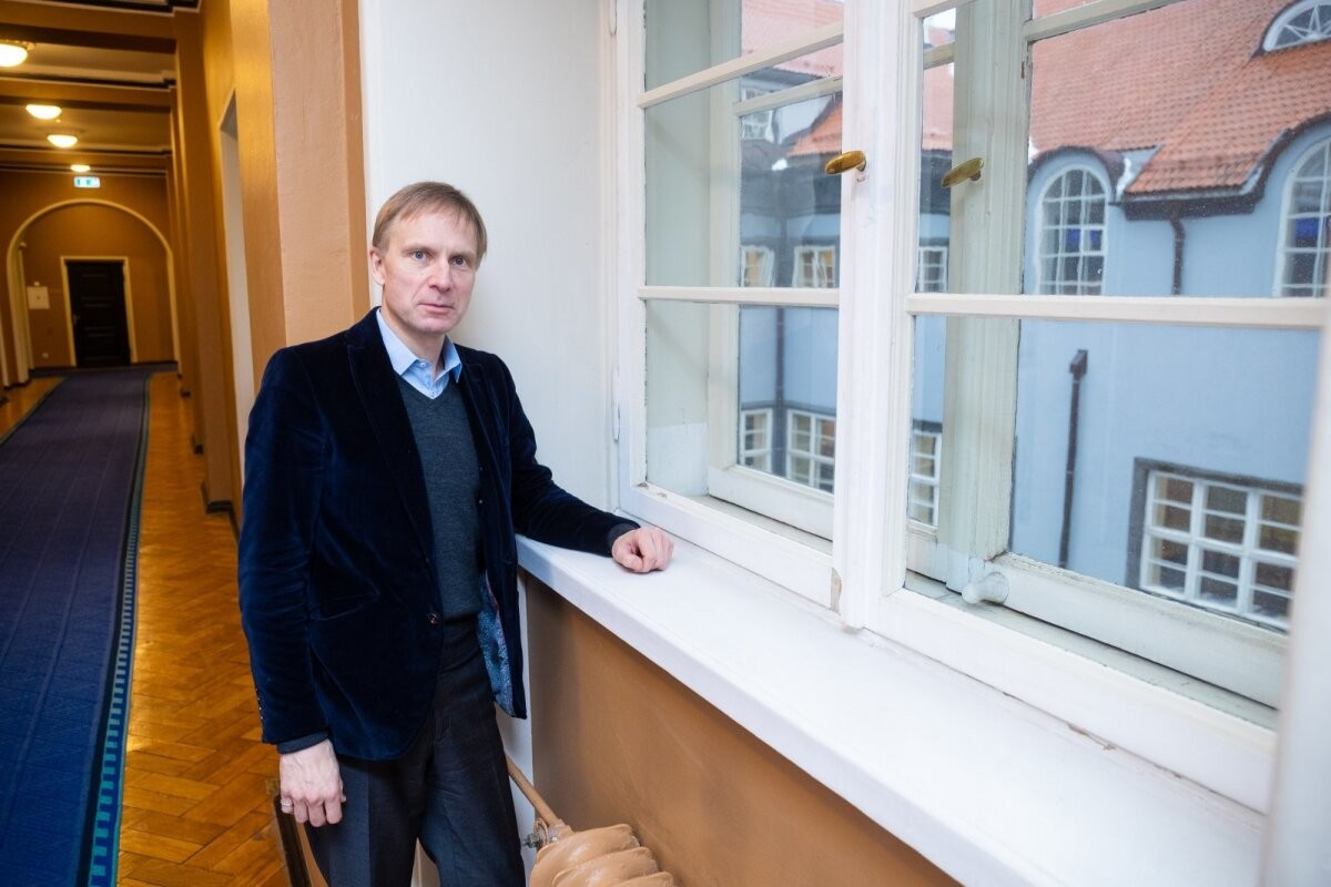 Депутат Рийгикогу считает недопустимым, что в Таллинне можно смотреть фильмы на русском языке