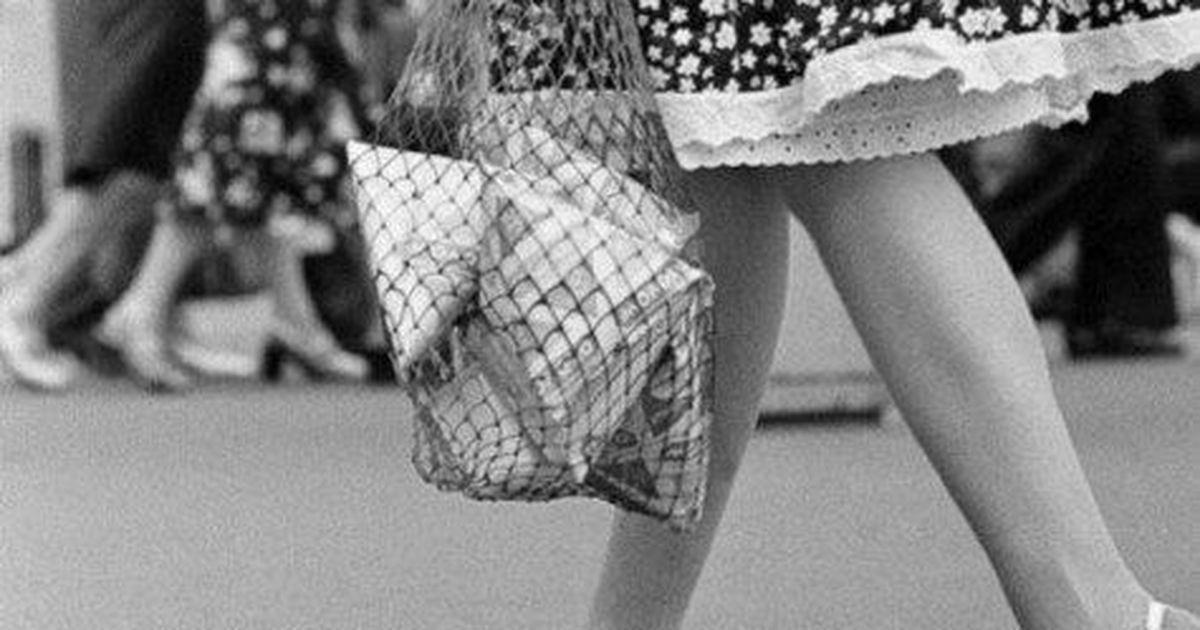Советские сумки: безразмерная авоська, пакет «Мальборо» и клетчатые баулы