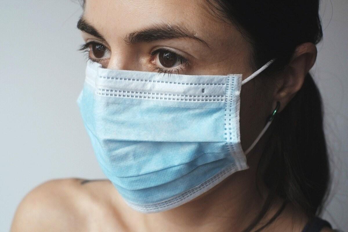 За сутки зафиксировано 829 новых случаев коронавируса