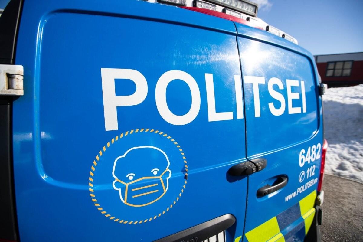 Полиция остановила гражданина Латвии, гнавшего со скоростью 172 км/ч
