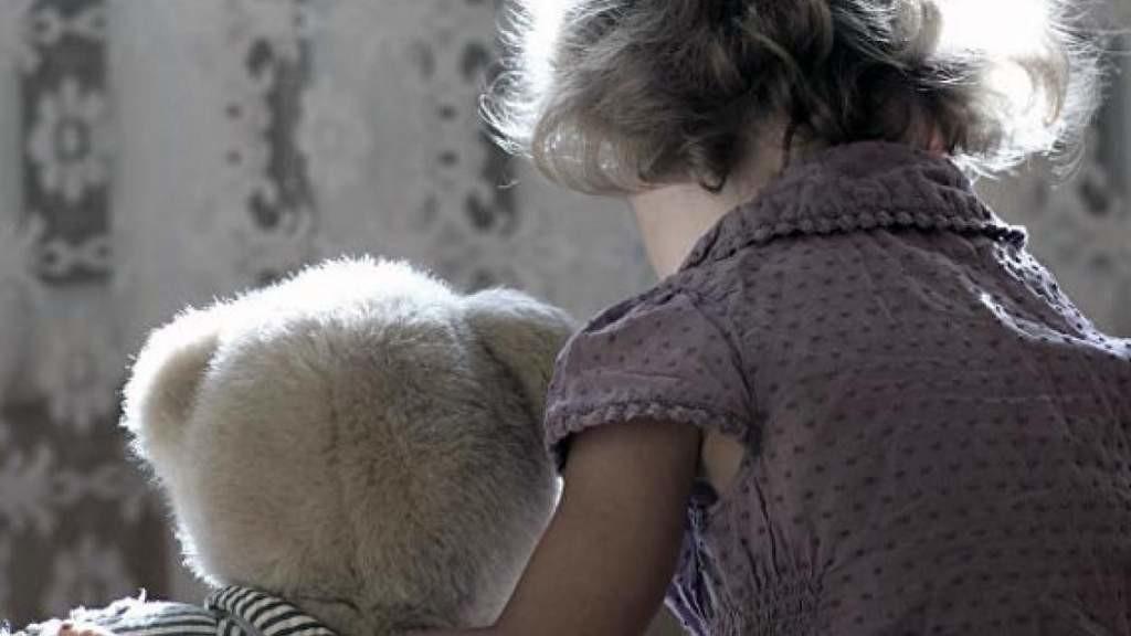 За год у латвийцев за границей забрали 40 детей