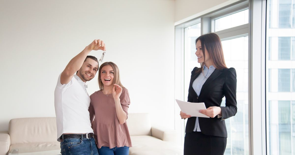 Практическая экономика: рассчитываем, жилье в каком ценовом классе можно купить на среднюю зарплату