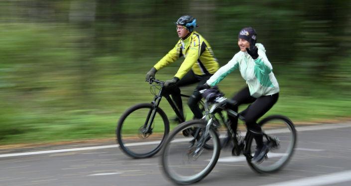 В поезде всем должно хватать места: в Таллине пройдет пикет велосипедистов