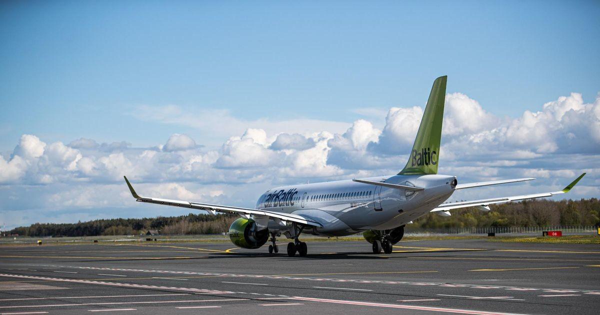 Авиакомпания airBaltic вводит обязательную для всех работников вакцинацию от Covid-19