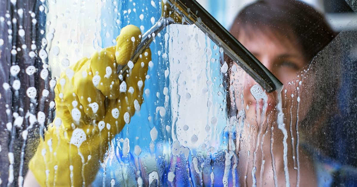 Важнее, чем кажется: что будет, если не помыть окна осенью