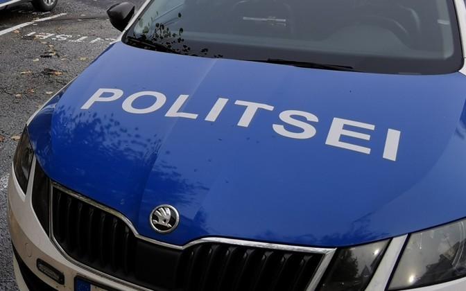 Полиция разыскивает пропавшую в волости Вильянди 80-летнюю Нину