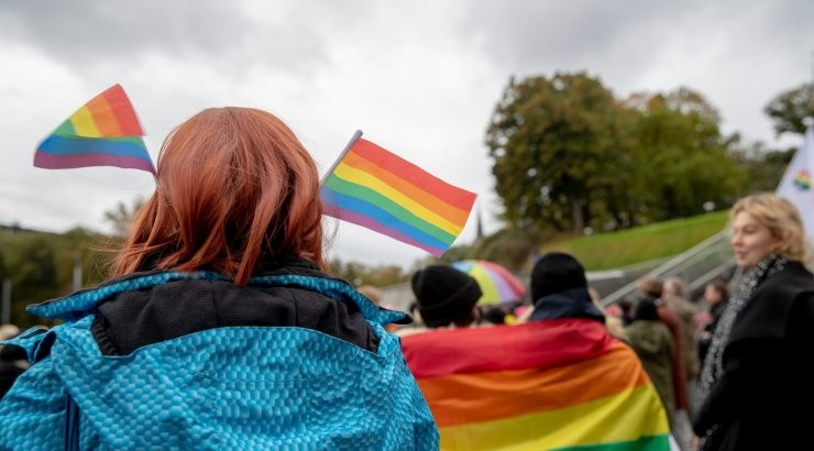 В Таллинне на акции в поддержку ЛГБТ произошла потасовка — пострадал один человек