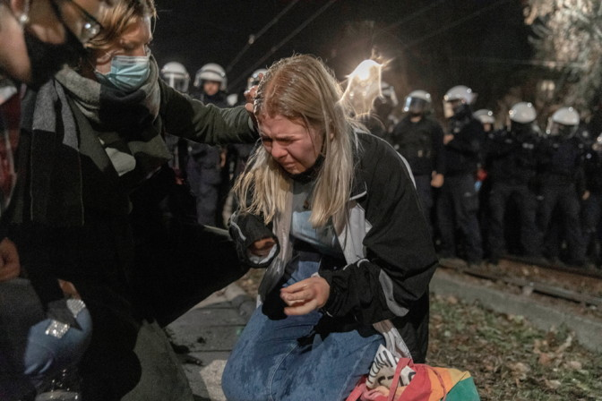 В Польше еще больше ужесточили закон об абортах