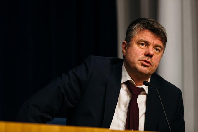 Рейнсалу: в декабре в Эстонии будет по 300 заражений в день, разумные ограничения необходимы