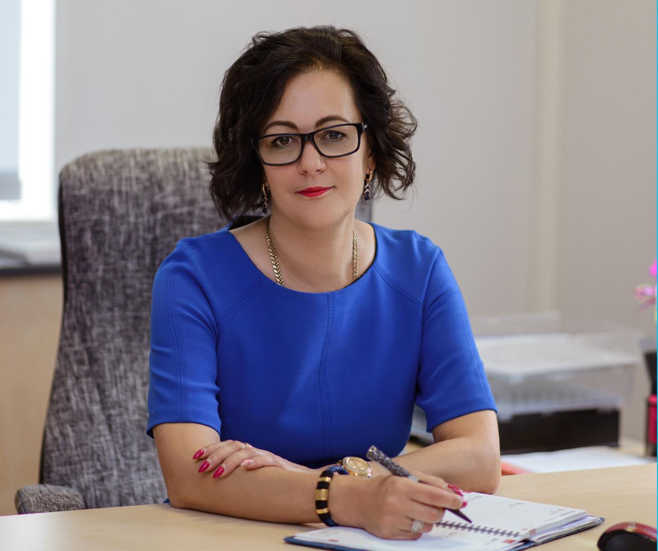 Ирина Янович объявила о  созыве внеочередного заседания Нарвского городского собрания