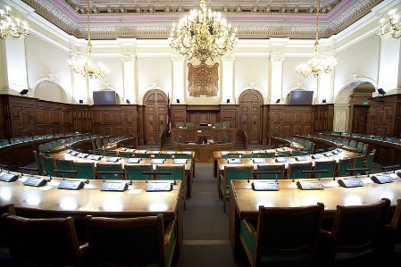 Комиссия Сейма не приняла предложение о запрете предвыборной агитации на русском языке
