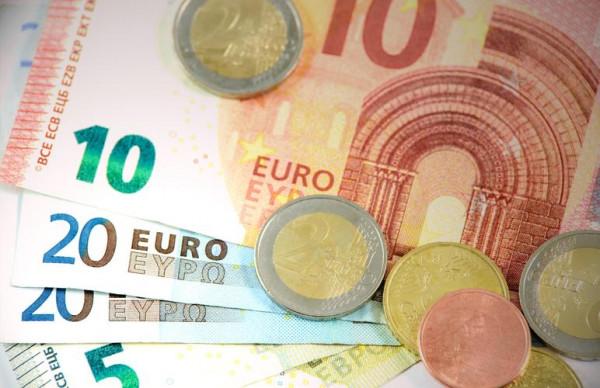 Swedbank: перспективы восстановления экономики ЭР ухудшаются