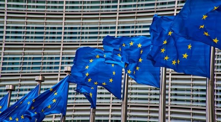 Еврокомиссия прогнозирует длительное восстановление экономики Евросоюза