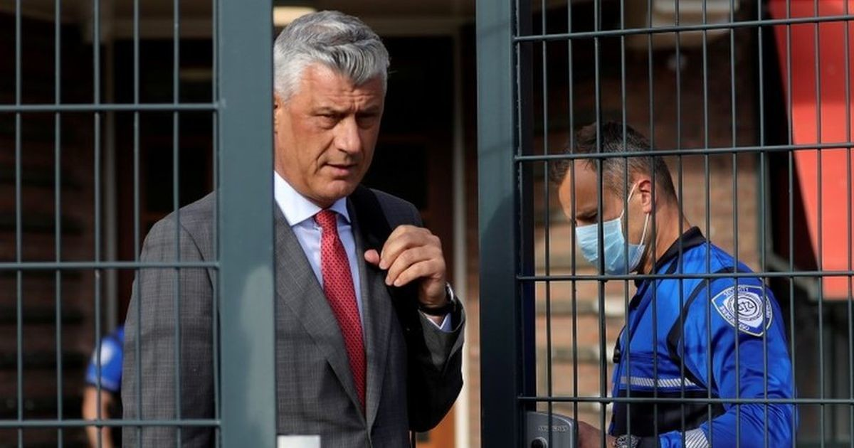 Президент Косова Хашим Тачи ушел в отставку. Он обвинен в военных преступлениях