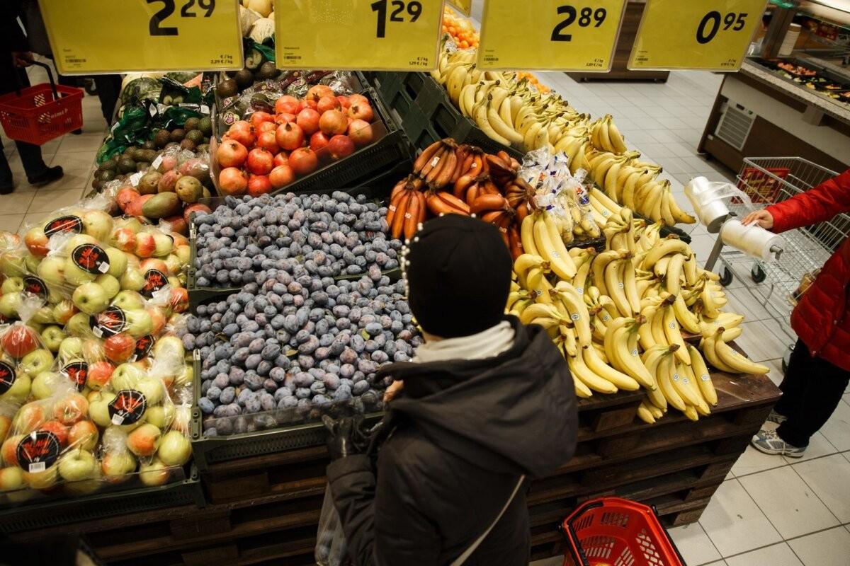 Индекс потребительских цен: свежие фрукты подорожали на 12,5%