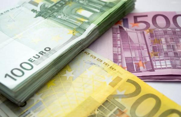 Мужчина поверил мошенникам и лишился более 18 000 евро