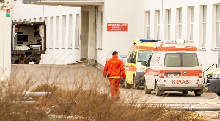 Правительство добавило SARS-CoV-2 в список факторов биологического риска на работе
