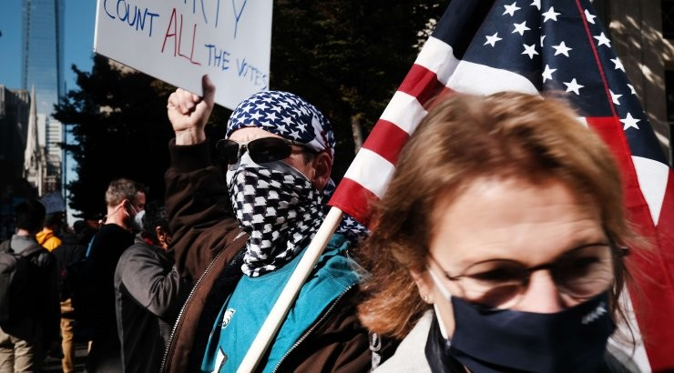 Выборы в США: в одном из ключевых штатов пересчитают голоса