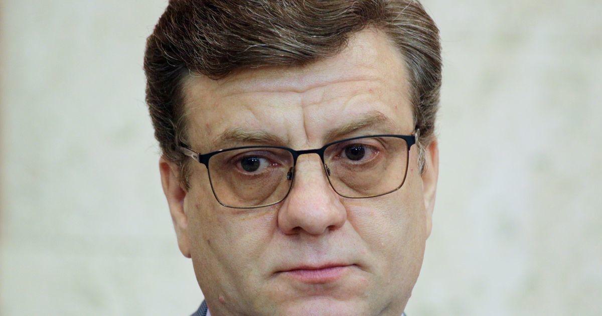 Главврач больницы, заявивший о «нарушении обмена веществ» у Навального, возглавил Минздрав Омской области
