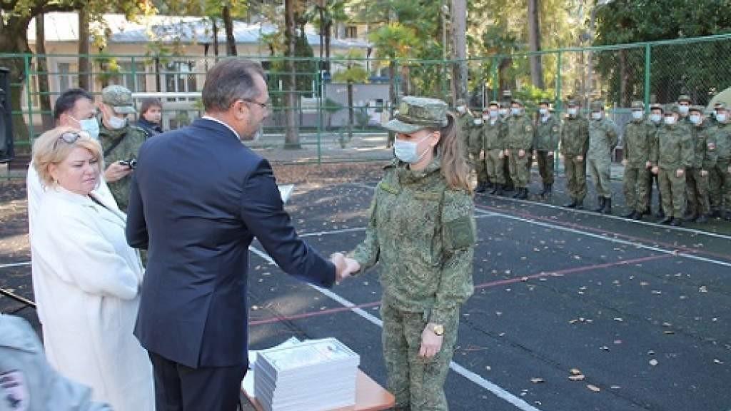 Соотечественники в Абхазии поблагодарили российских военврачей