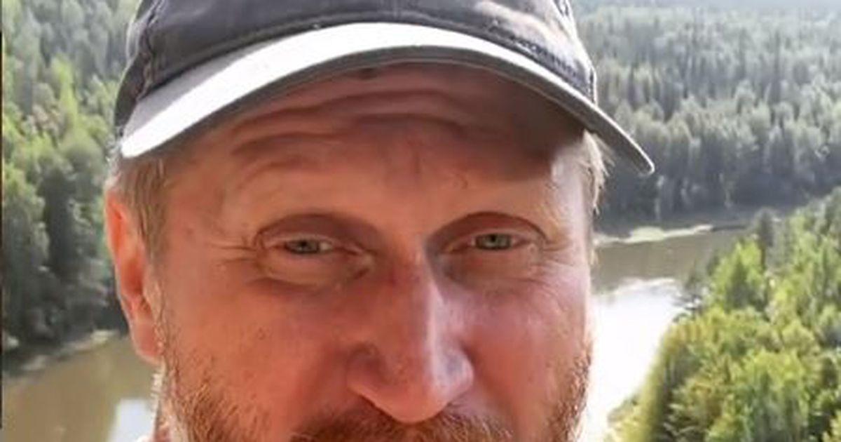Рожков из «Уральских пельменей» ушел работать в лес