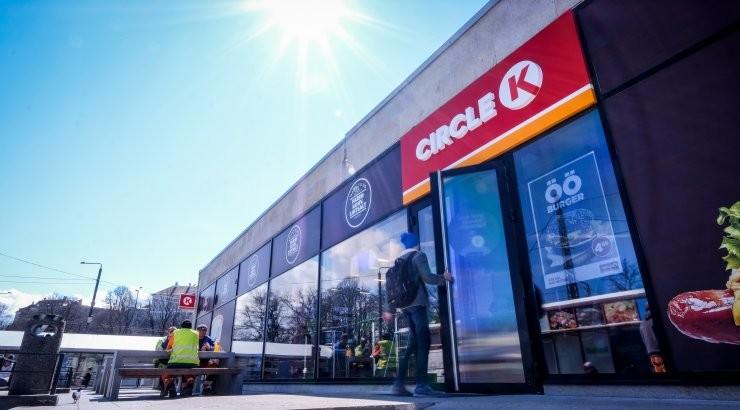 Владелец Circle K обсуждает слияние с мировым торговым гигантом