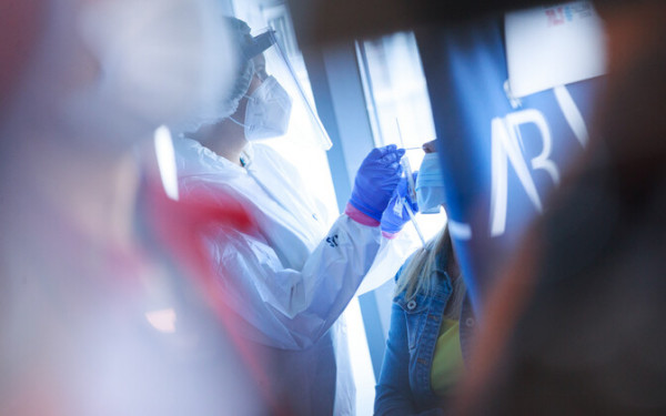Установлен порядок тестирования по прибытии в Эстонию из стран с высоким риском заражения