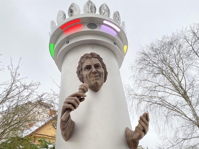 В Вильянди снесут памятник певцу Яака Яоала