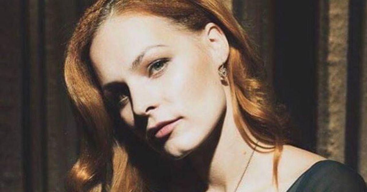 Как мило: дочери ведьмы Мэрилин Керро исполнился годик. Смотрите снимок этого ангела!