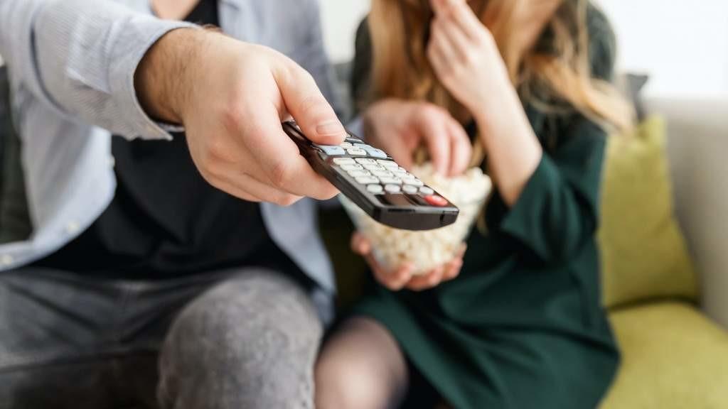 На Украине проверят телеканал из-за слов о необходимости защищать русскоязычных