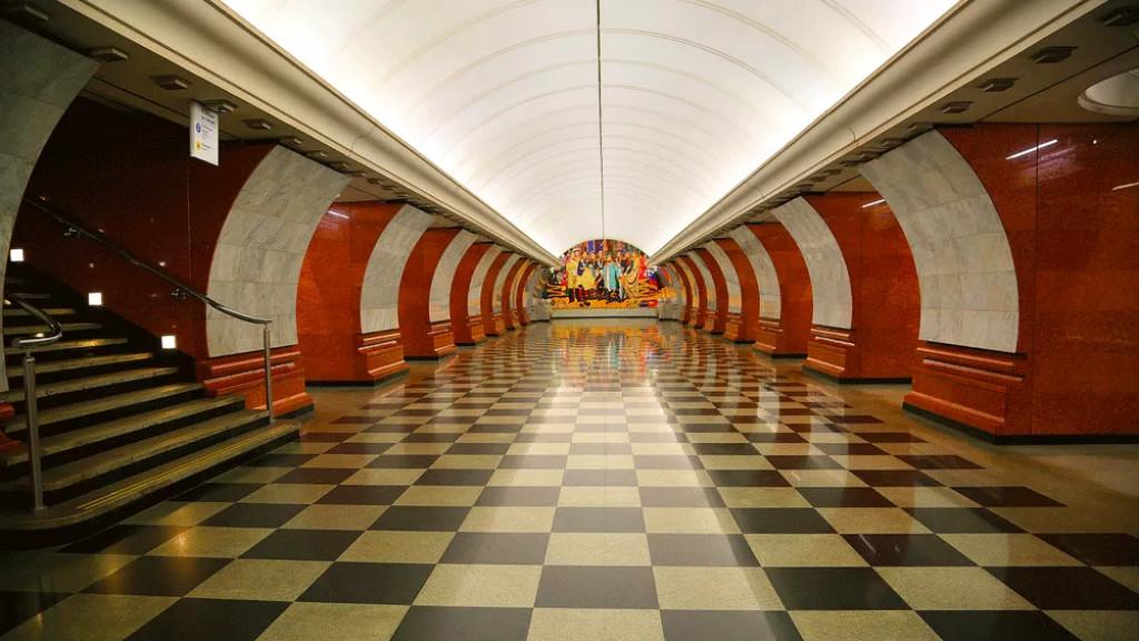 Для детей-билингвов проведут онлайн-экскурсию по московскому метро