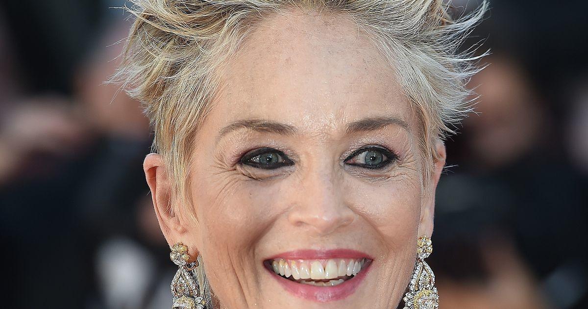 63-летняя Шэрон Стоун в Dolce&Gabbana  покорила красную дорожку Каннского кинофестиваля