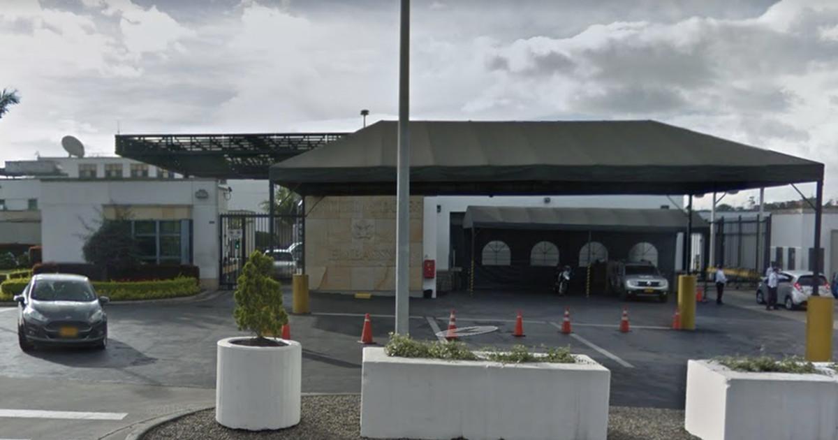 """""""Гаванский синдром"""" теперь в посольствах США в Колумбии и Германии. Байден обещает найти виновных"""