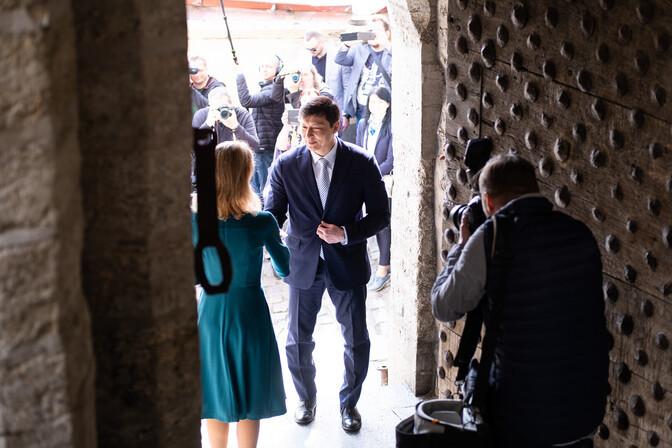 День Таллинна: Михаил Кылварт открыл Кае Каллас ворота на Люхике Ялг