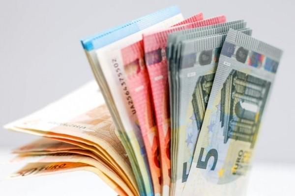 В Хаапсалу 31-летняя мошенница пыталась продать пенсионерке обувь и шубу по завышенной цене