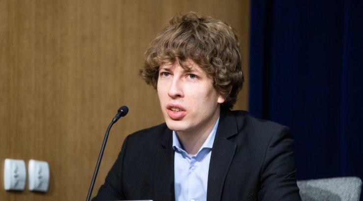 Министр Танель Кийк выступает за введение в марте более жестких ограничений