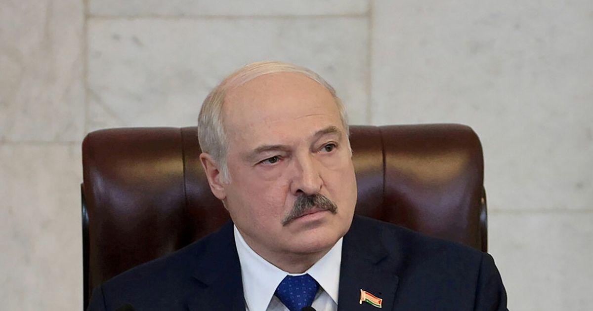 Лукашенко изменил законы о защите суверенитета и конституционного строя