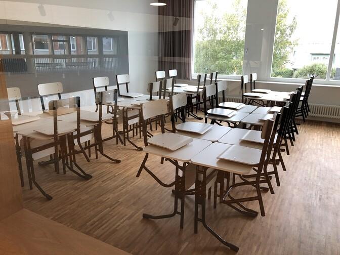 С 3 мая ученики с 1 по 4 класс смогут учиться контактно, разрешат и работу уличных кафе