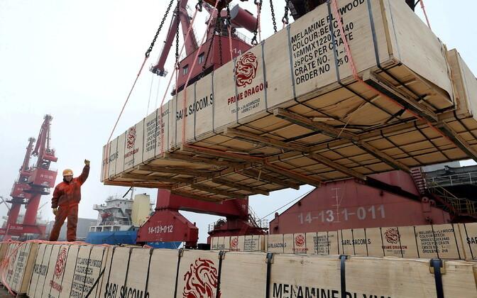 В апреле внешняя торговля увеличилась вдвое